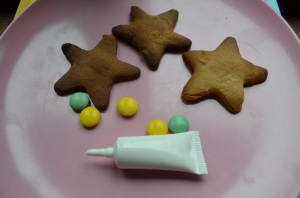 Ginger star biscuits ready to be decorated