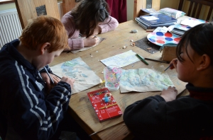 The children working on their map