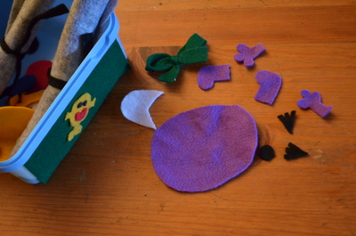 All the felt bits, cut out and ready to put together
