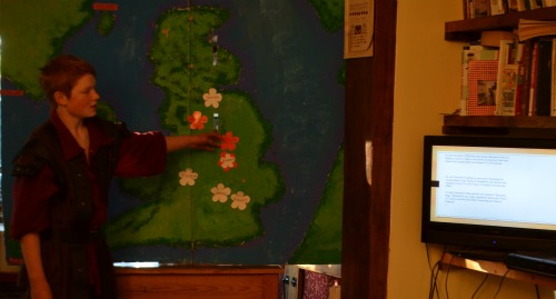He used the map of Britain we made last year to show the positions of each battle fought during the war of the roses, illustrating which side won