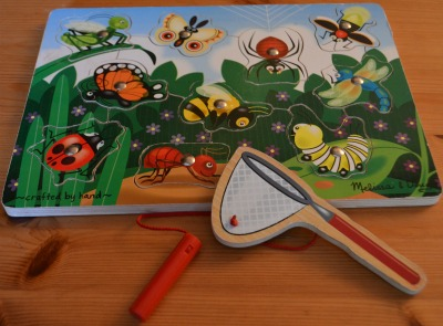 Catching the bug in the net magnetic puzzle