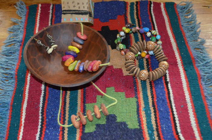 Australia-aboriginal-jewelry