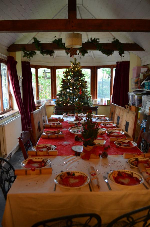 Christmas-homemade-tablescaping-full