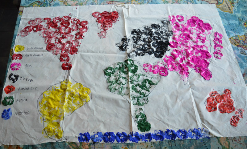 continent-table-cloth-2
